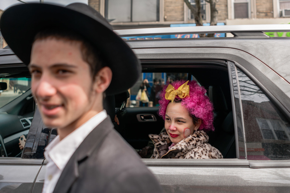 purim2016_crownheights_pt2_007.jpg