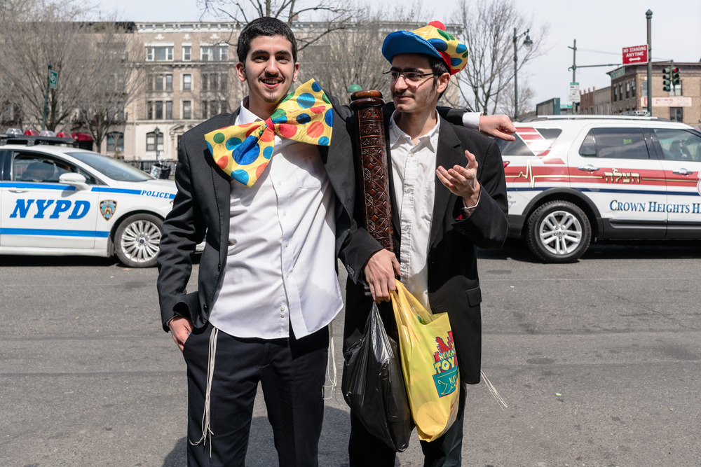 purim2016_crownheights_pt2_008.jpg
