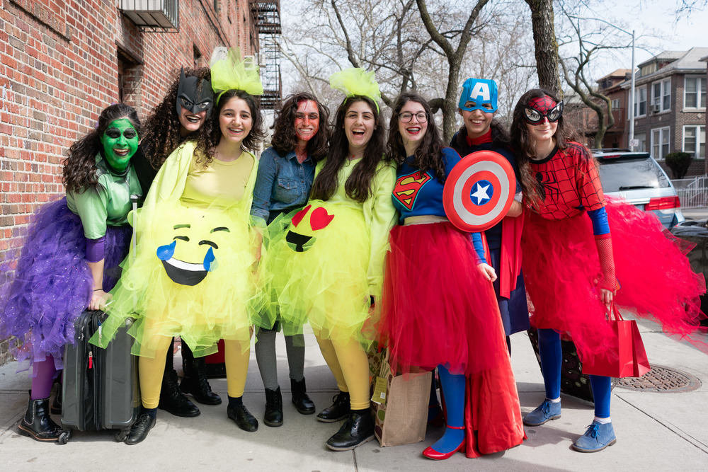 purim2016_crownheights_pt2_017.jpg
