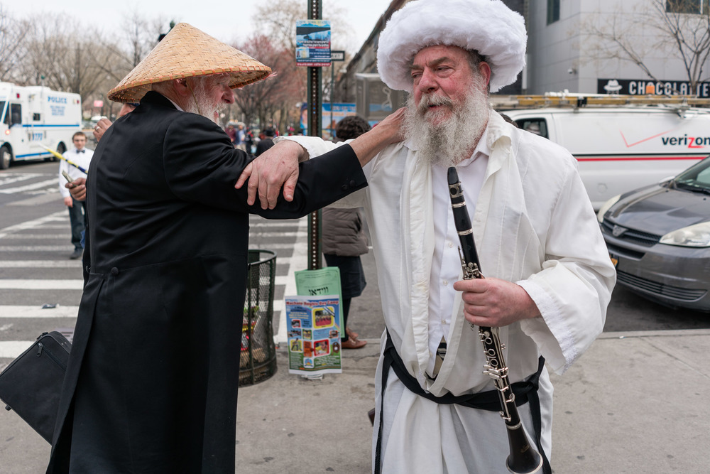 purim2016_crownheights_pt2_020.jpg