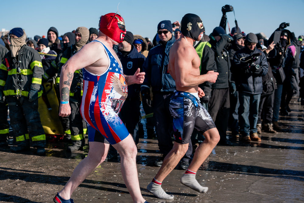 2018_newyear_coney_polar_bear_swim_002.jpg
