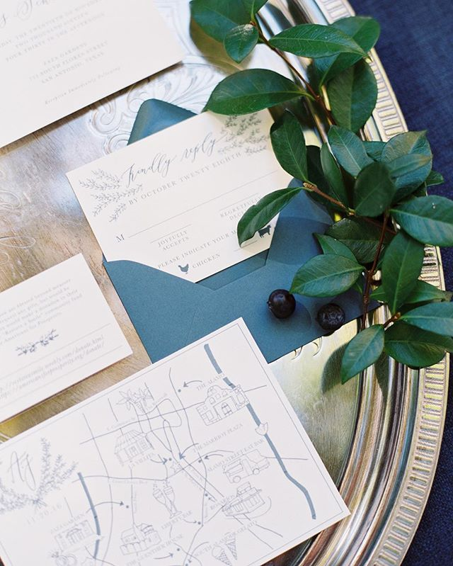 this fun map included the bride and grooms favorite places and it was the perfect addition to their invitation suite. and you just can't beat that blue color!! beautiful styling by @mayhardesign and photo by @michelleboyd (you guys are the dream team, for real)!!