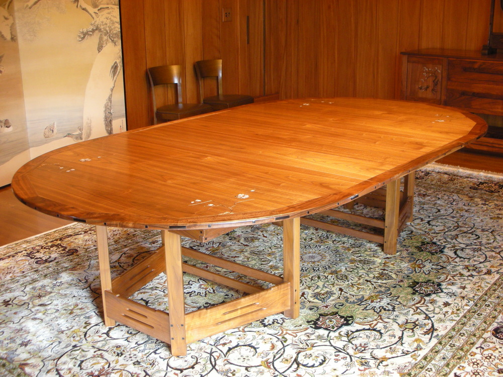 schneickert dining table 1.JPG