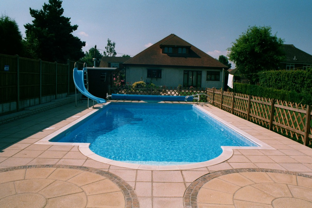 Family pool with Slide.JPG