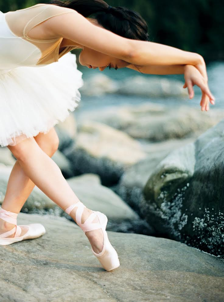 sarah_carpenter_fuji400h_contax645_washington_label_dancewear_pacific_northwest_ballet_photovision.jpg