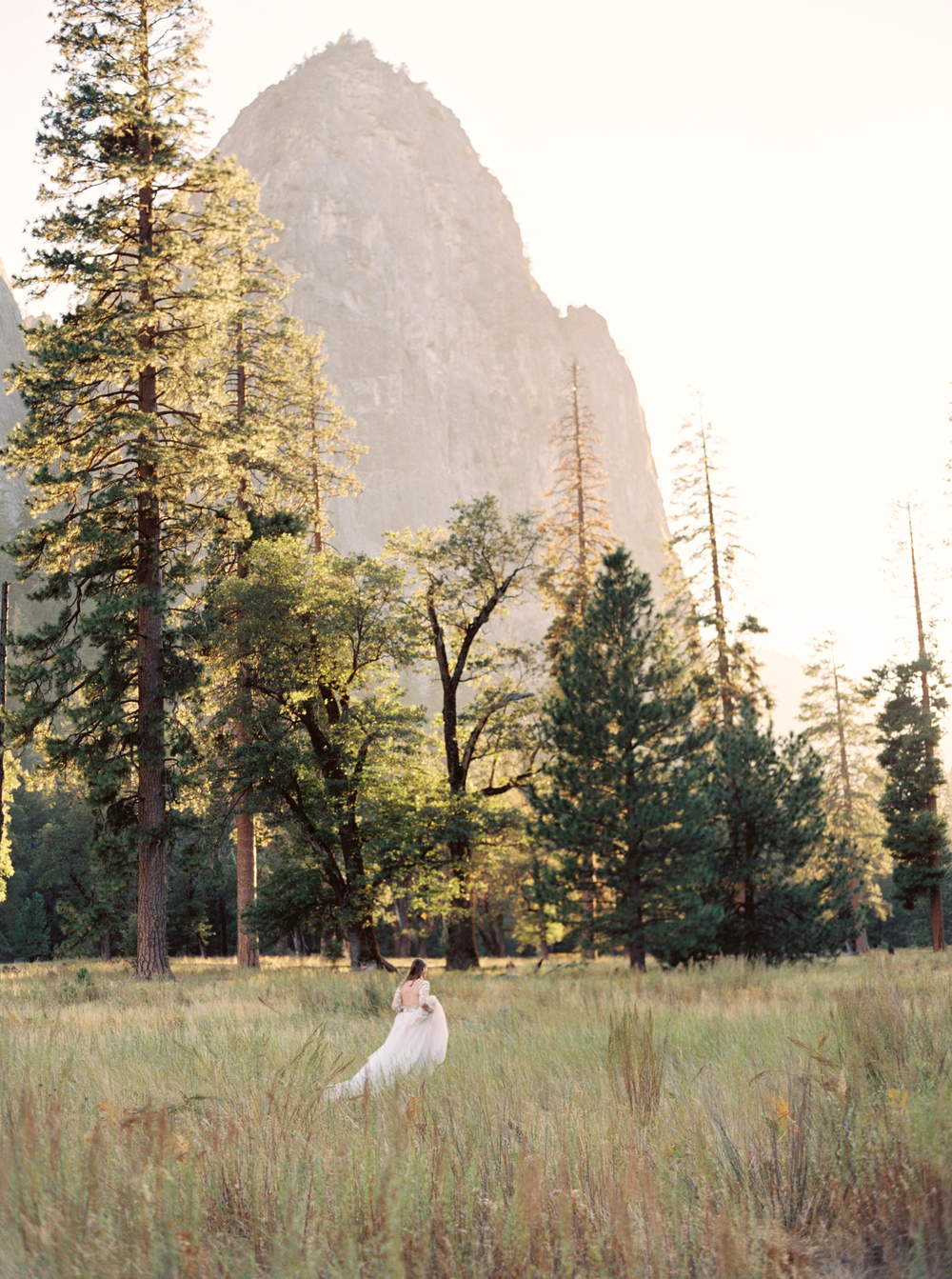contax645_fuji400_yosemite_cassidy_carson_ashley_paige_kelly_lenard_photovisionprints.jpg