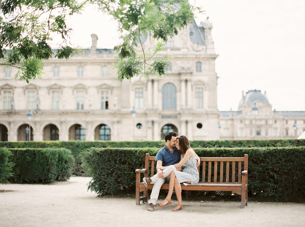 michelle_boyd_pv_takeover_michelles_vision_contax645_ zeiss80mm_fuji400_jardin_des_tuileries_paris_france_caroline_joy_photovisionprints.jpg