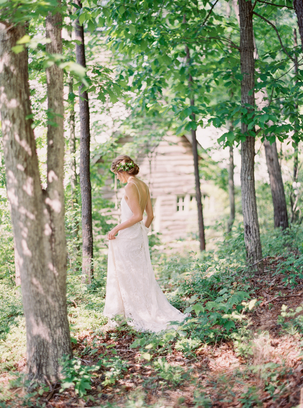 brushfire_photography_mike_and_brit_hansen_pv_takeover_brushfires_vision_contax645_fuji400h_lewis_smith_lake_alabama_belle_lumiere_magazine_ginny_au_twigss_floral_gossamer_sp3000_photovisionprints.jpg
