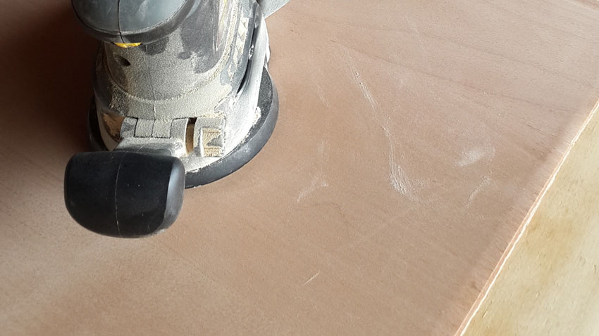 SANDING the raw material