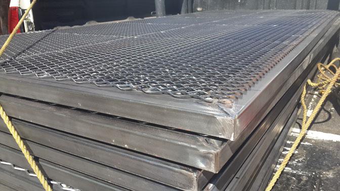 Powdercoatingsupport panels