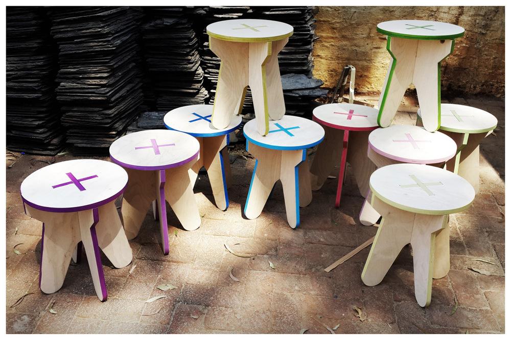 +PLUS stools_1.jpg
