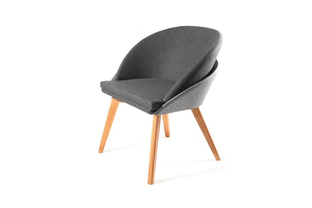 BOKU visitor chair with two-tone fabric and wooden base finished in natural hue varnish