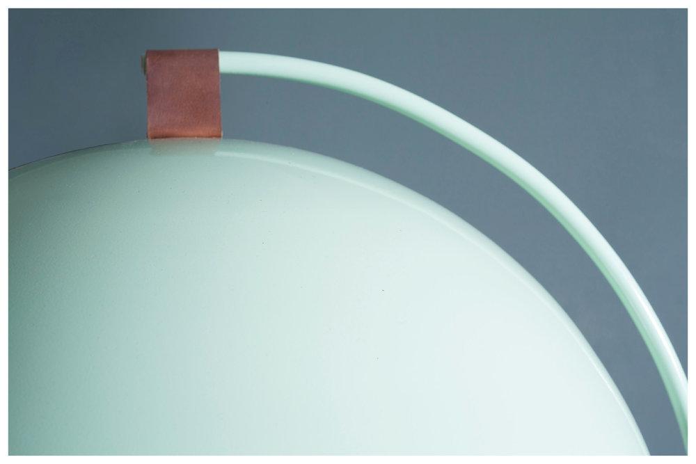 A.TABLE moon-light_4.jpg