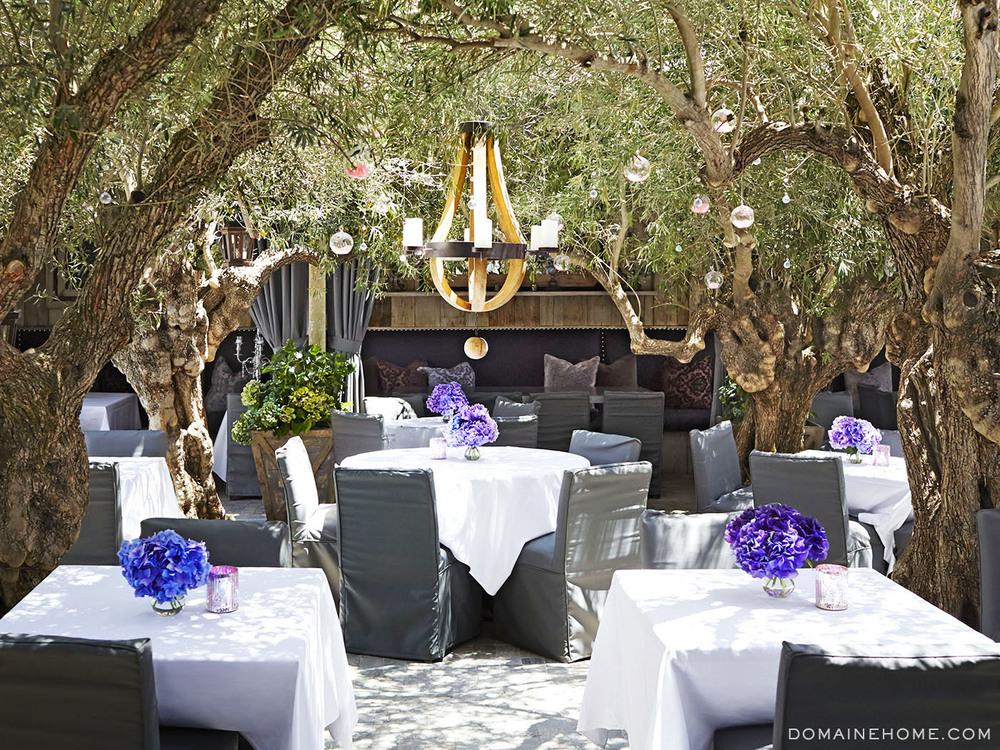 Celebrity living lisa vanderpump 39 s enchanted garden for Cafe jardin newport beach