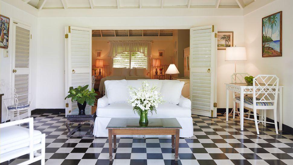 001504-17-Classic-Villa-Suite (1).jpg