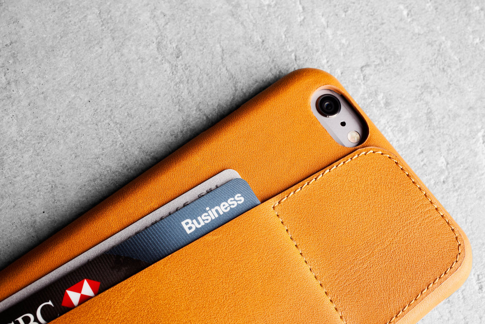 Leather-Wallet-Case-80°-for-iPhone-6-Plus-Tan-Lifestyle-507.jpg