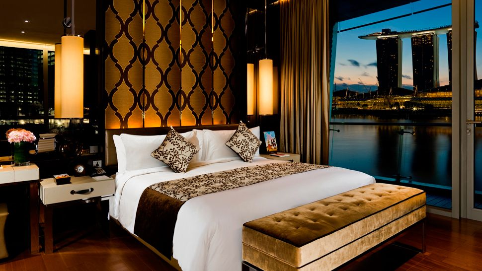 007098-14-Shenton-Suite-Bedroom.jpg