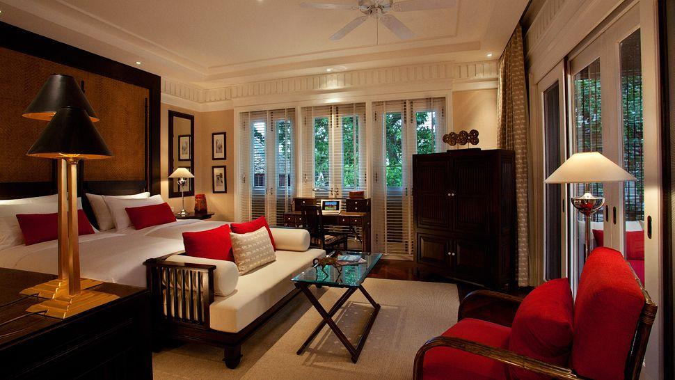 010410-03-East-Borneo-Suite-bedroom-terrace.jpg