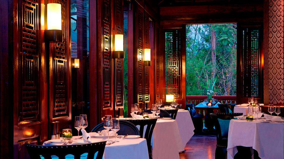 010410-15-Dining_Room.jpg