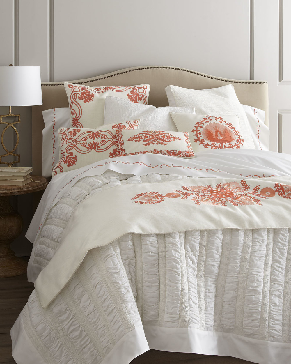 Spectacular It us no secret I um a little obsessed with bedding linens and all things sweet dreams I thought it would be fun to bring in the expert advice of a