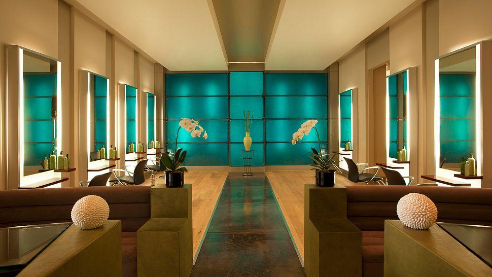 001083-10-str1361sp-137683-salon at spa gaucin overview.jpg