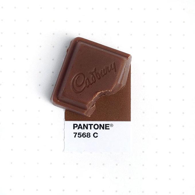 pantone-matching-system-everyday-objects-tiny-pms-project-inka-mathews-houston-texas-12.jpg