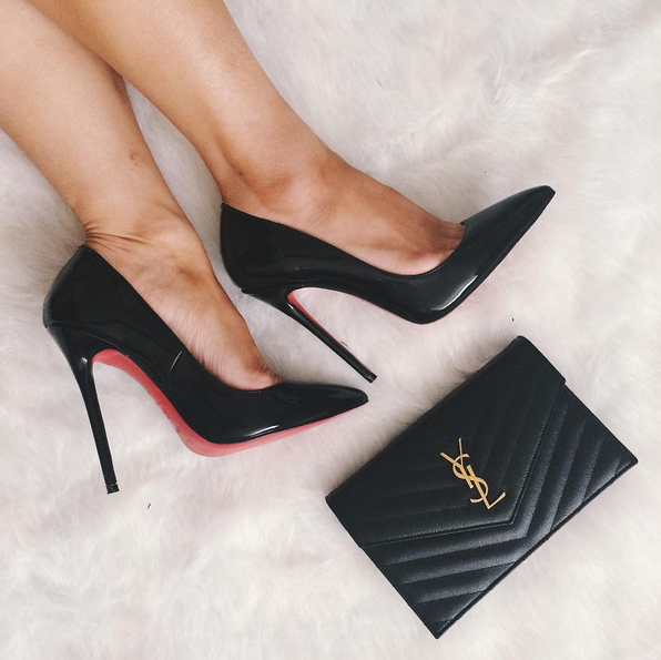 SaintLaurent_Louboutin_chain_wallet.png