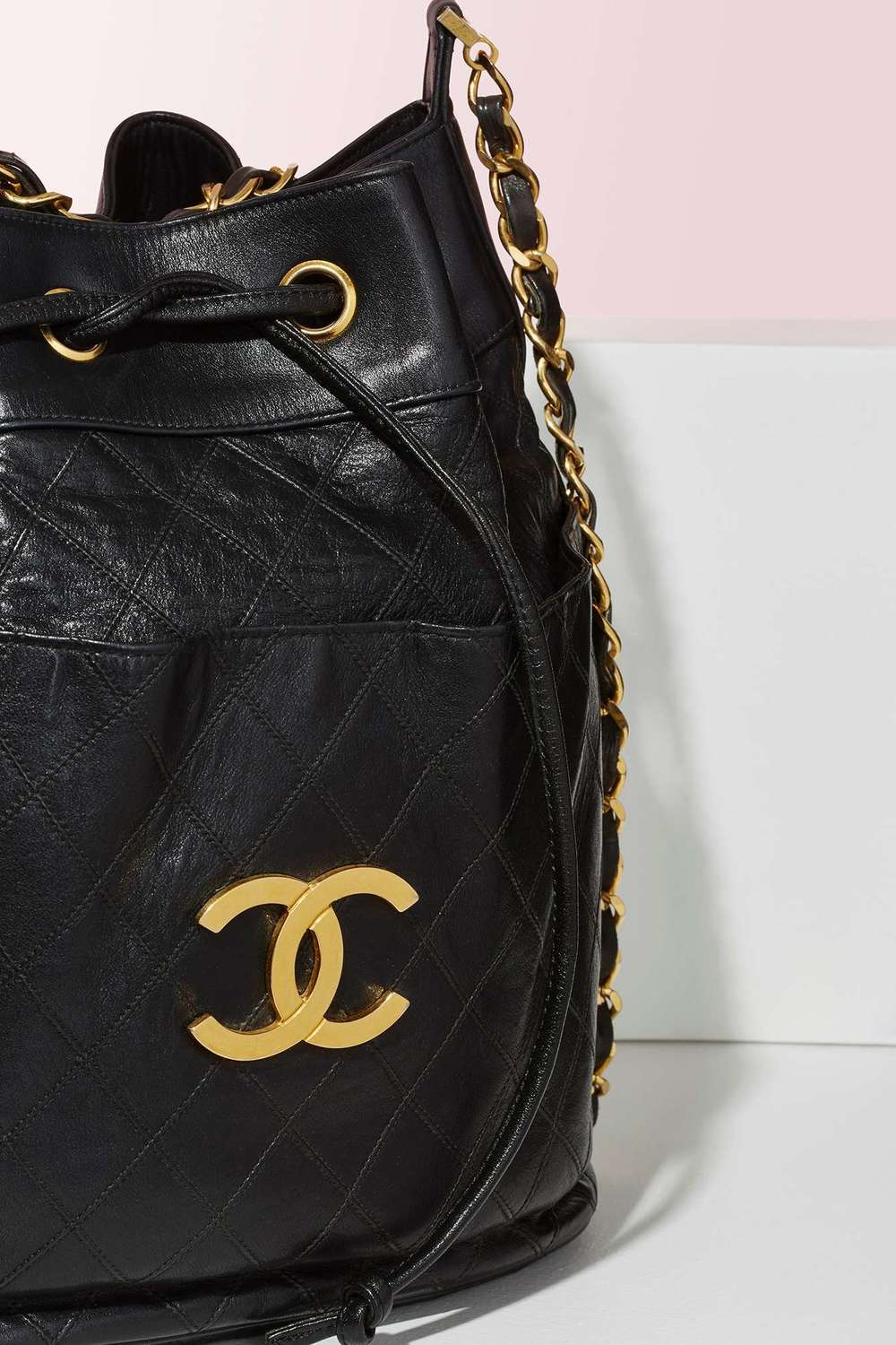 Quilted lambskin Chanel perfection. If you are a fan of Vintage luxury  goods (and aren t we all ), this beauty is up for grabs at Nasty Gal. 3bd5583a0c