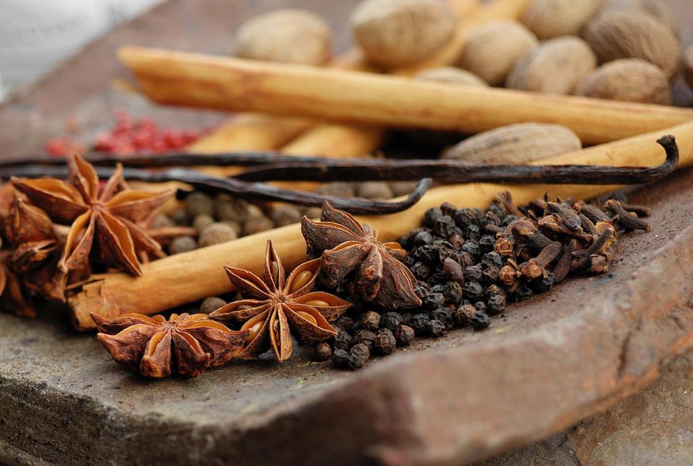 Spices_Generic_Landscape_Crop.jpg