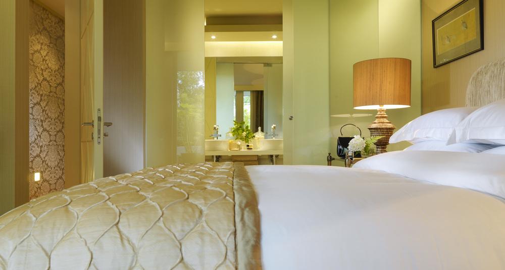 Bedroom-22000px.jpg