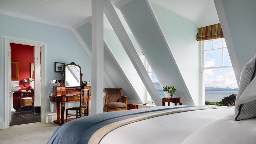 Flat Bedroom FL PT 2500px.jpg