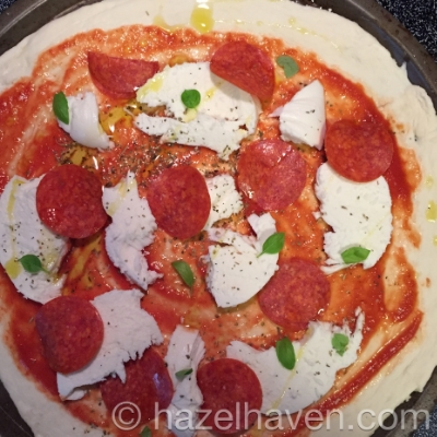 In this order: pizza sauce, italian seasoning, fresh mozzarella, pepperoni, fresh basil and evvo drizzled on top. mmmmmmmmm