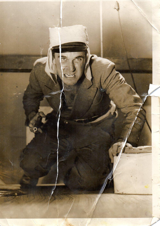 earl mayan 1950.jpg