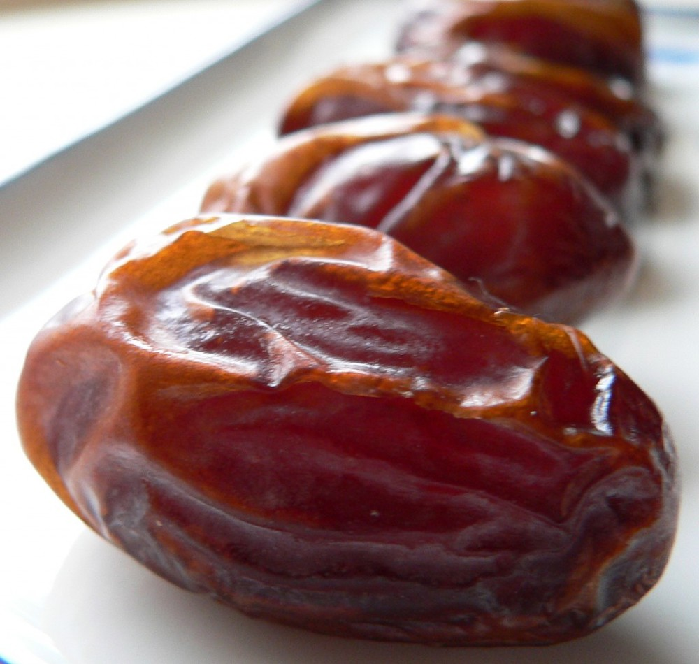 I have fond memories of eating dates while excavating an archaeological site in Africa one summer. Turns out the naturally-sweet fruit that brings me back to those amazing sunsets on the island of Pemba is a magic food. Dates are a great source of energy, and have been shown to strengthen bones. They also contain selenium, manganese, copper, vitamin A, iron, vitamin B-6, niacin, and other incredible antioxidants. Phew. This little fruit packs a heck of a punch!
