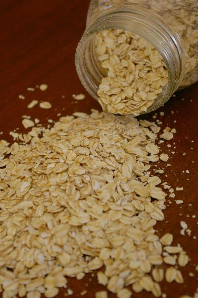 Sure, we all think of rolled oats as an essential breakfast staple on those frigid winter mornings, but they're so much more than comfort food. Rolled oats help prevent heart disease and build immune response. They're an excellent source of fiber and selenium, which studies have found to decrease asthma symptoms and inhibit free radicals.