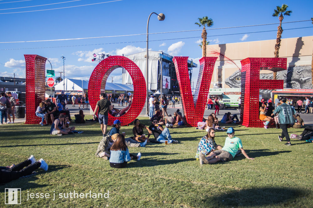 LifeIsBeautiful2017- Day2 -- JesseJSuth_com-3422.jpg