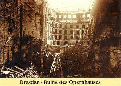 Semper+Opera+Ruins.jpg