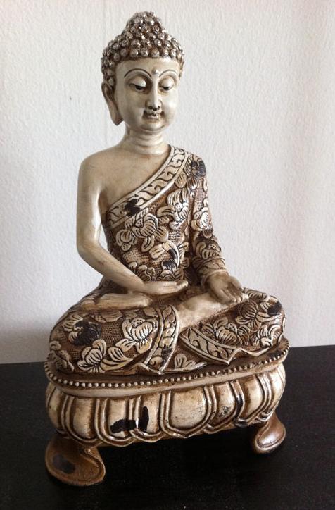 Buddah Statue byilovelotus