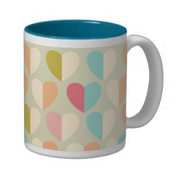 two-tone-pastel-hearts-mug