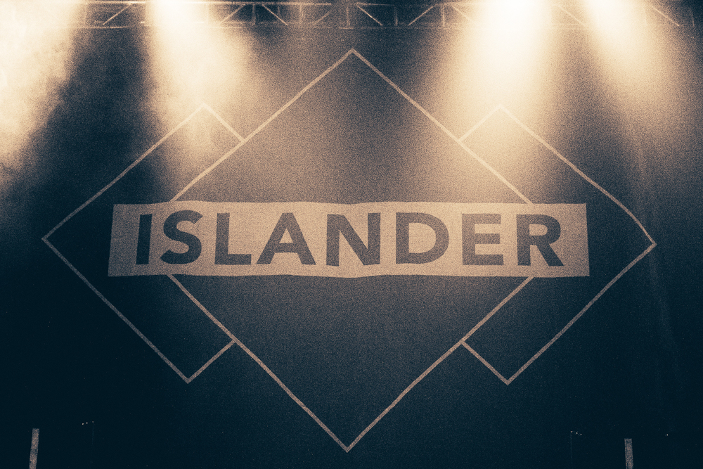 2014-09-24-islander-img1150.jpg