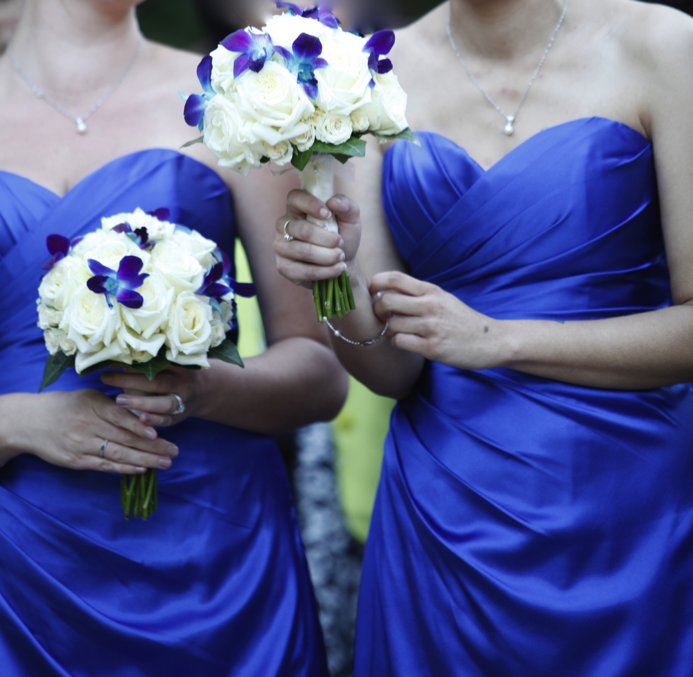 Which flowers go with blue bridesmaids dresses darling buds izmirmasajfo