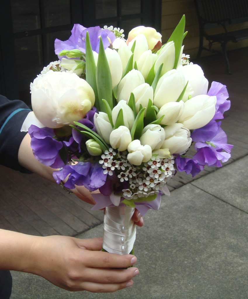 thumb_Tessa's unstructured bouquet_1024.jpg