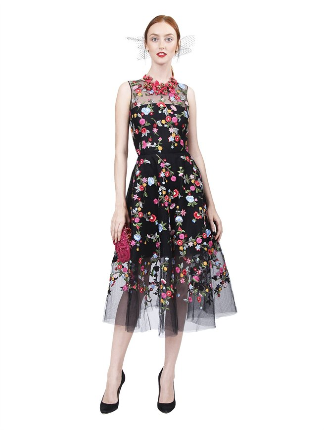 Sleeveless Embroidered Dress, Oscar de la Renta