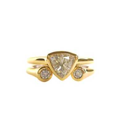 18k yellow gold and platinum wedding set