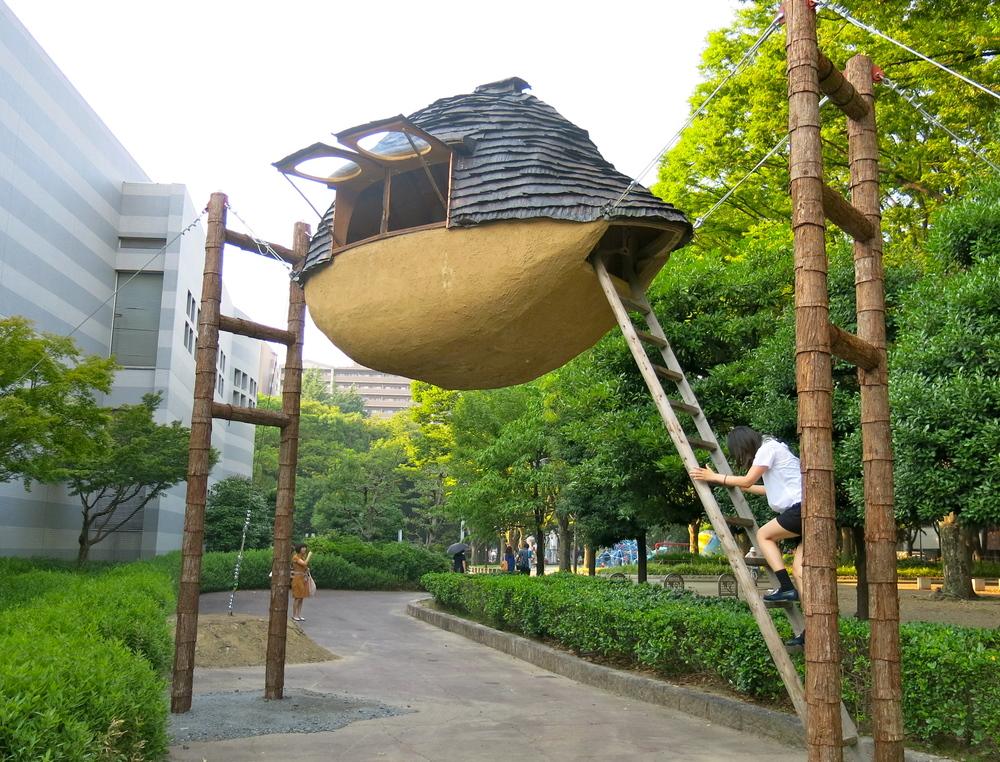 Architecture historian and member of ROJI,  Fujimori Terunobu    ' s Flying Mud Boat,  2010. Installed outside the Nagoya City Art Museum.