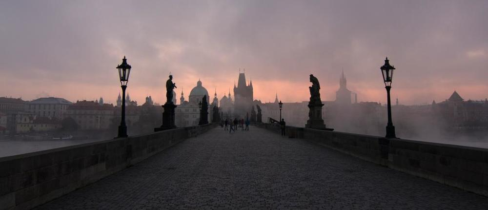 The Charles Bridge (Prage, Czech Republic)