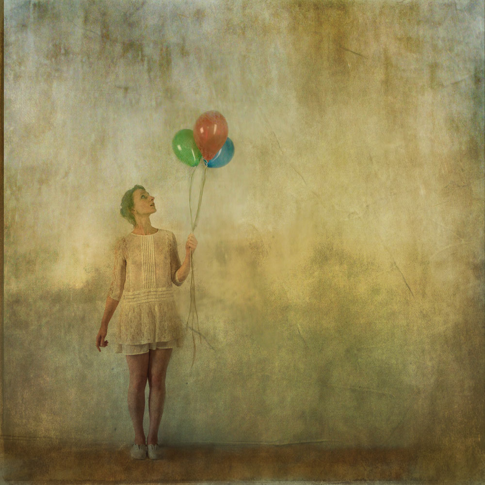 Girl_with_balloons_1.jpg