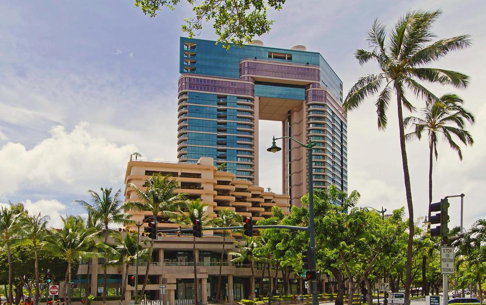 Landmark Waikiki 3504 Honolulu-large-002-Landmark3504-1500x941-72dpi.jpg