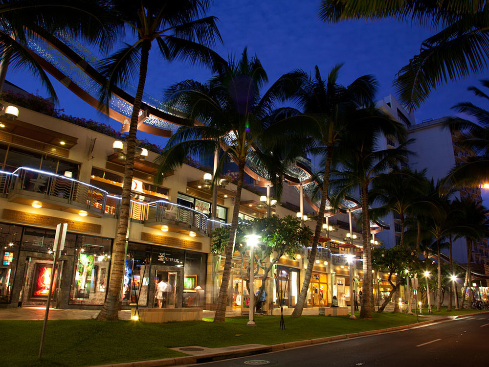 Waikiki Night life