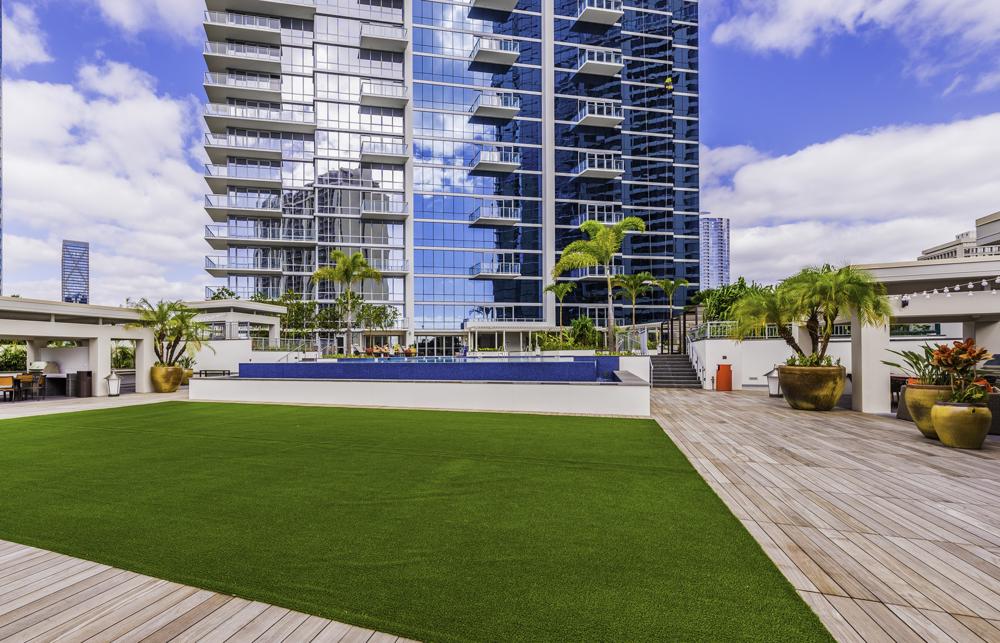 Area Deck Lawn 1.jpg